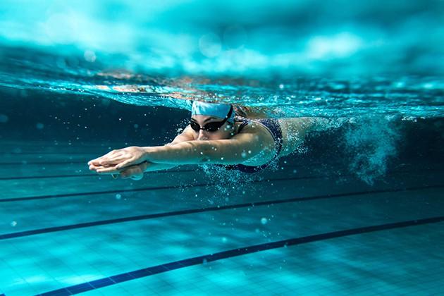 Lưu ý bơi giảm cân