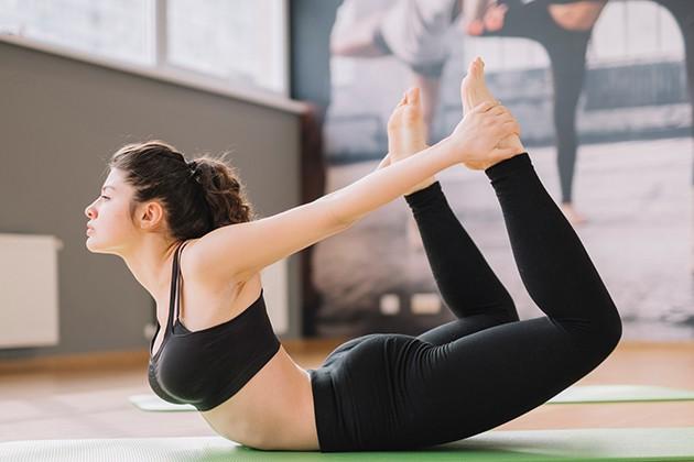 Tư thế Yoga cánh cung