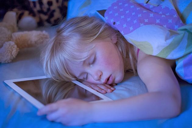 Ngủ muộn ảnh hưởng tim mạch