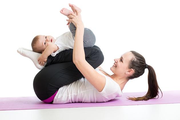 Sau sinh bao lâu có thể tập Yoga