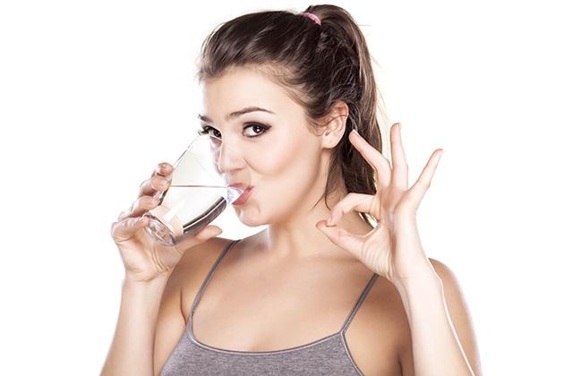 Uống nước buổi tối đúng cách