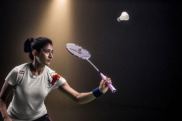Chọn vợt cầu lông trước khi chơi