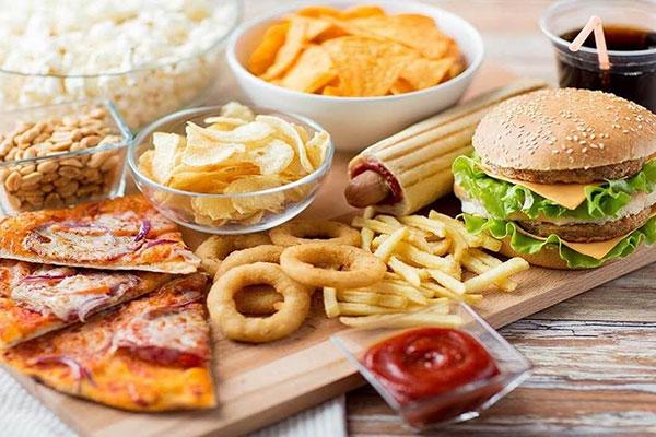 Thực phẩm không nên ăn khi tập bụng