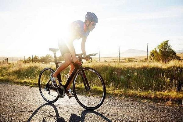 Đạp xe đạp giúp giảm mỡ bụng hiệu quả