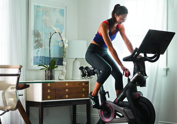 Tập luyện xe đạp tại nhà