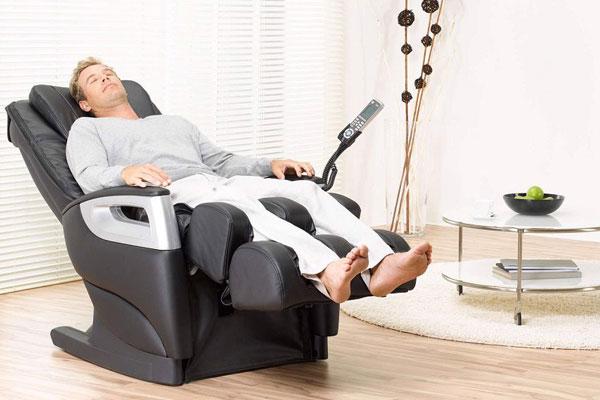 Đo đạc vị trí lắp đặt ghế massage kỹ lưỡng