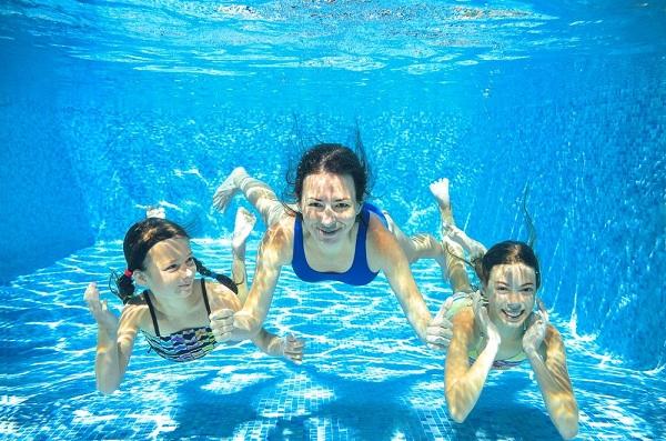 Kết hợp bơi lội để nâng cao sức khỏe