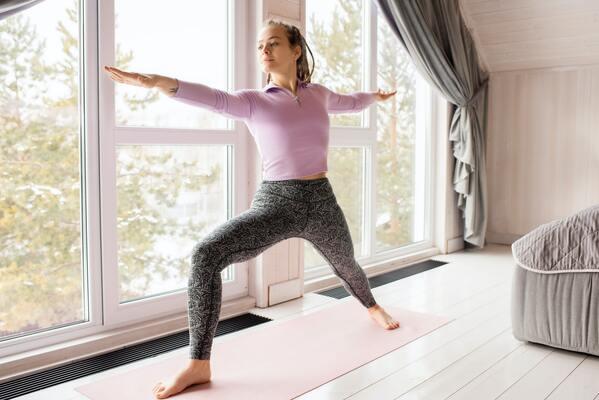 yoga-tot-cho-xuong-khop